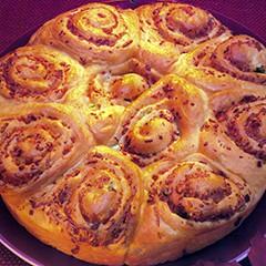 http://www.bridgford.com/bread/wp-content/uploads/2015/07/Cheddar-Bacon-Onion-Rolls-240x240.jpg