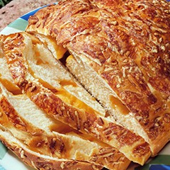https://www.bridgford.com/bread/wp-content/uploads/2015/07/Cheddar-Swiss-Cheese-Bread-240x240.jpg