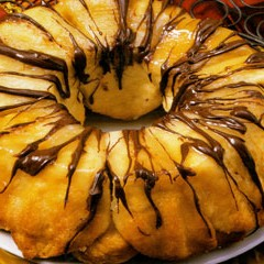 https://www.bridgford.com/bread/wp-content/uploads/2015/07/Chocolate-Orange-Monkey-Bread-240x240.jpg