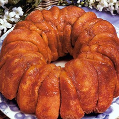 http://www.bridgford.com/bread/wp-content/uploads/2015/07/Cinnamon-Monkey-Bread-240x240.jpg