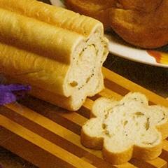 http://www.bridgford.com/bread/wp-content/uploads/2015/07/Flower-Shaped-Tube-Bread-240x240.jpg