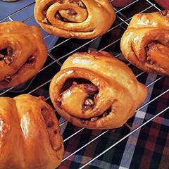 http://www.bridgford.com/bread/wp-content/uploads/2015/07/Pumpkin-Spice-Nut-Rolls-240x240.jpg