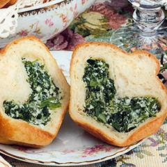 https://www.bridgford.com/bread/wp-content/uploads/2015/07/Spinach-Brioche-Rolls-240x240.jpg