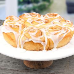 https://www.bridgford.com/bread/wp-content/uploads/2015/07/cinnamon-rolls-web-240x240.png
