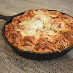 http://www.bridgford.com/bread/wp-content/uploads/2018/01/skillet-pizza-monkey-bread-web-240x240.jpg