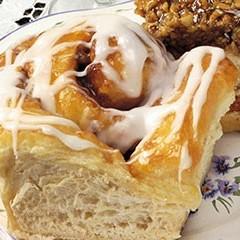 https://www.bridgford.com/foodservice/wp-content/uploads/2015/07/Cinnamon-Rolls-240x240.jpg