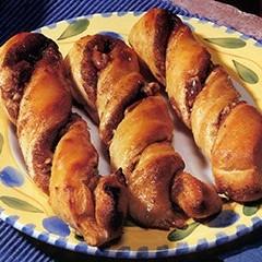http://www.bridgford.com/foodservice/wp-content/uploads/2015/07/Cinnamon-Twists-240x240.jpg